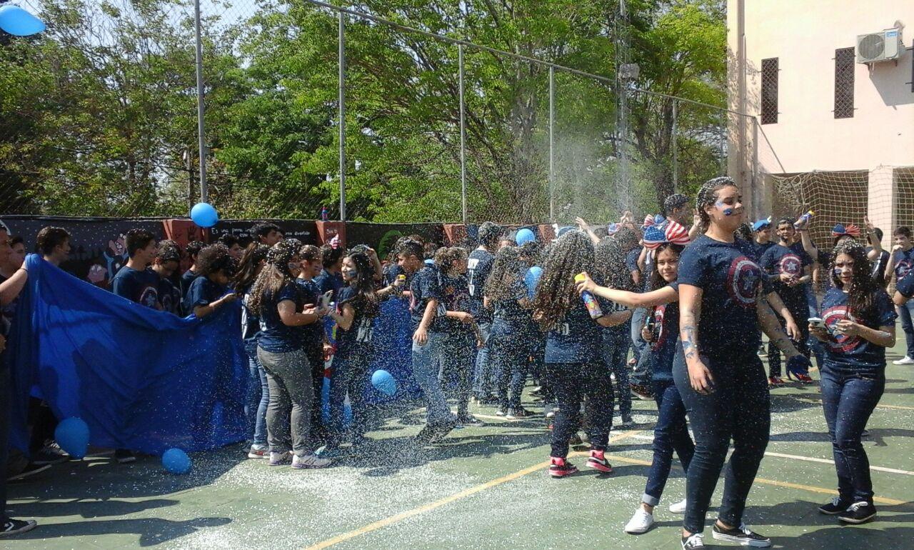Deportes(vóley – hándbol - futbol) en AFEMEC (Lambaré)